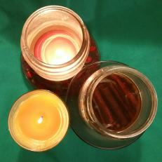 three good holiday candle things-min